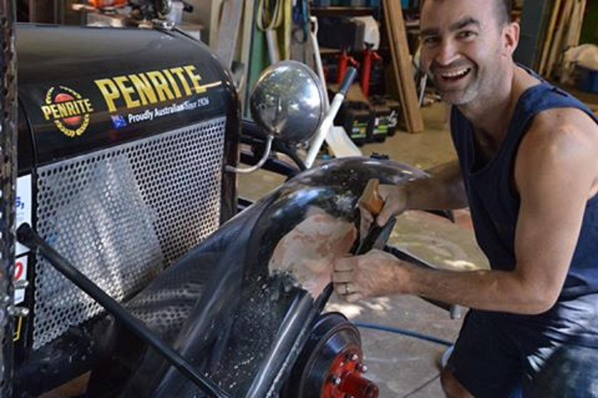 Great rattler Run Repair Day Vintage Adventurer