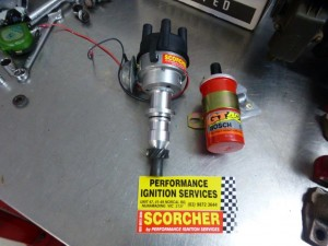 This is the new handmade vacuum plus mechanical advance distributor put together by Peter Hopkins from Performance Ignition Services Nunawading Victoria and it is a real Scorcher!!! The electronic igniter replaces the old style breaker points system and delivers a more powerful spark and produces superior performance.